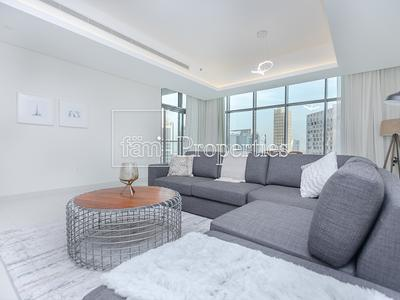 Property for Rent photos in Business Bay: High Floor | Stunning View Holiday Apartment - 1