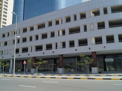 Property for Rent photos in Sakamkam: SHOWROOM IN THE MOST PRESTIGIOUS TOWER IN FUJAIRAH - 1