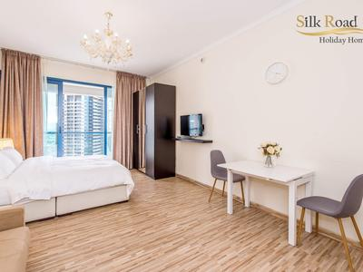 Property for Rent photos in JLT Jumeirah Lake Towers: Metro+Pool+Beach. Studio in X1 tower, JLT. No commission. - 1