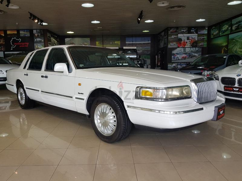Lincoln Town Car 1997 Lincoln Town Car Signature Series 1997 Very