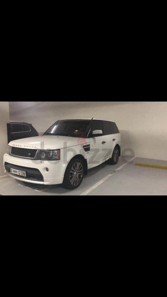 Range Rover SP, color white, model :2011