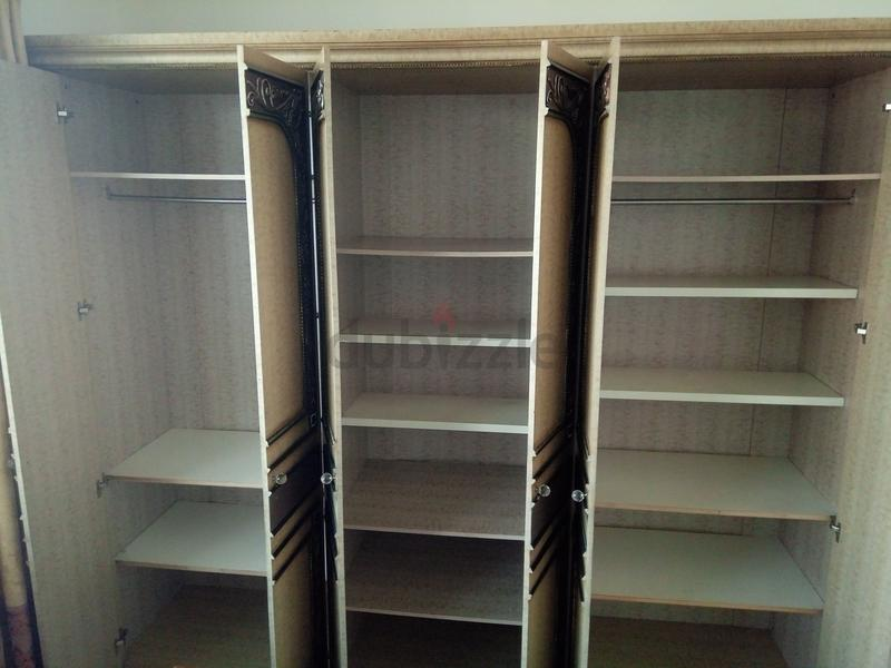 Large heavy duty Good condition cupboard for immediate sale 150 dhs