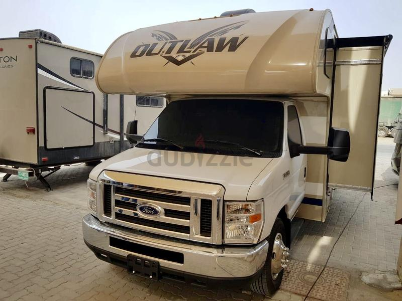 Rarely Used 2019 Toy Hauler Motorhome RV - Like New