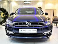 Volkswagen Passat 2013 LIKE NEW With 2 years warranty !!!  Volkswage...