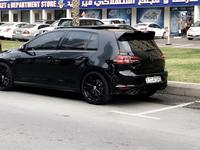 فولكسفاغن جولف آر 2016 2016 Volkswagen golf r