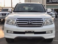 Toyota Land Cruiser 2011 لاند كروزر GXR V6 2011 فل أبشن ابيض داخل بيج،...