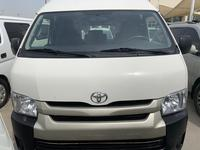 Toyota Hiace 2015 Toyota high roof van 2015 with air bag axllan...