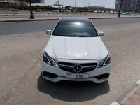 مرسيدس بنز الفئة-E 2010 Mercedes-Benz E300 GCC