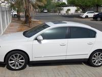 Volkswagen Passat 2008 White VW Passat 2008 Model, GCC Specs, very g...