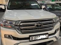 Toyota Land Cruiser 2016 V8 5.7 VXR