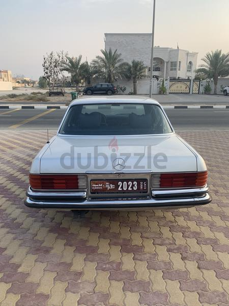 Mercedes-Benz 240/260/280 1979 : Classic Mercedes With Plate Number