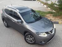 نيسان اكس تريل 2015 X-trail SL top of range. GCC. 7seats. Panoram...