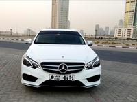Mercedes-Benz E-Class 2014 E350 full option.  No accident original paint