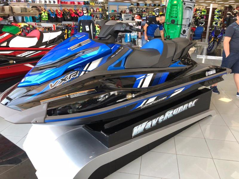 clean title Yamaha VXR jet ski 1 8 Sale Only for Export