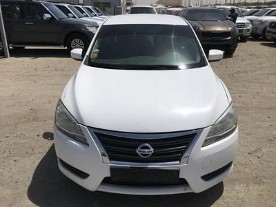 Nissan Sentra 2013 Nissan sentra 2013 white color GCC calen car