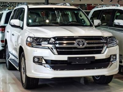 Toyota Land Cruiser GXR V8 Grand To...