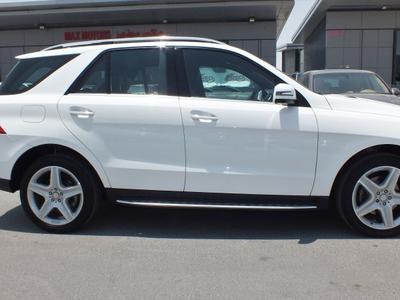 مرسيدس بنز الفئة-M 2015 MERCEDES BENS ML400 WITH AGENCY WARRANTY FULL...