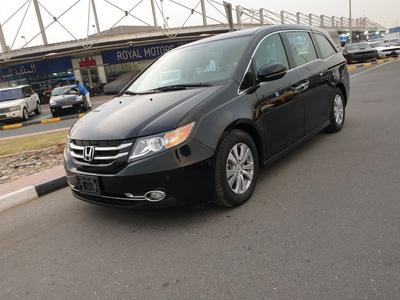 Honda Odyssey 2015 Honda odyssey full option with sunroof