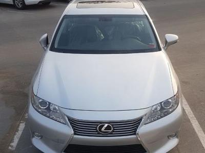 Lexus ES-Series 2013 Top of the range ES-350 like new