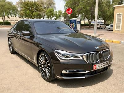 بي ام دبليو 7 - السلسلة 2016 BMW 750LI GCC 2016 LOW MILEAGE  UNDER WARRANT...