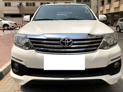 Toyota Fortuner 2015 GCC 2015 FORTUNER TRD LEATHER SEATS 4 cylinde...