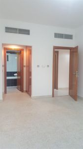 Property for Rent photos in Al Khalidiyah: STAFF ACCOMMODATION WITH TOWTHEEQ LEGAL - 1
