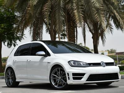 Volkswagen Golf R 2015 VOLKSWAGEN GOLF R 2015 - GCC SPECS - FULL OPT...
