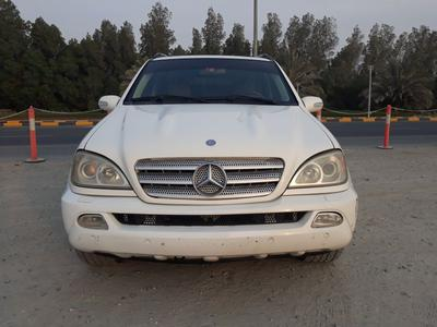 مرسيدس بنز الفئة-M 2005 Mercedes ML350 2005 Model GCC V6 Perfect Cond...