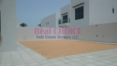 Property for Rent photos in Bur Dubai: Modern Villa Near to City Walk 4BR With Maids Room - 1