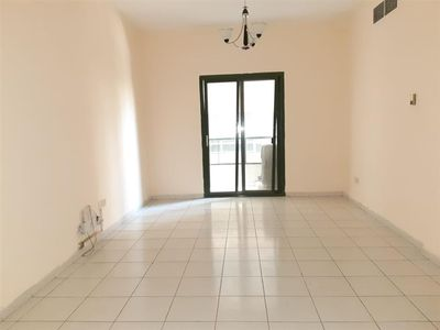 1 - Hot Offer Specious 2bhk Available Rent Only 28k in 6 Cheques With All facilities free :النهدة صورة في عقار للإيجار