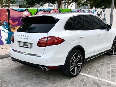 Porsche Cayenne 2013 !! Platinum S V8 !'! LADY DRIVEN !! FULLY LOA...