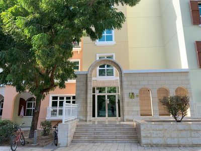Property for Rent photos in Mediterranean Cluster: SPECIOUS 1BHK APT WITH BIG BALCONY, MED CLUSTER, NEAR TO METRO AND CARREFORE, DISCOVERY GARDENS. - 1