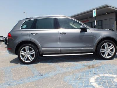 فولكسفاغن طوارج 2014 VOLKSWAGEN TOUAREG V6 LOW MILLAGE WITH BODY K...