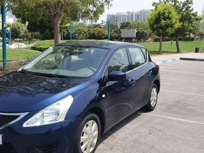 Nissan Tiida 2014 Clean Blue 2014 Tida For sale