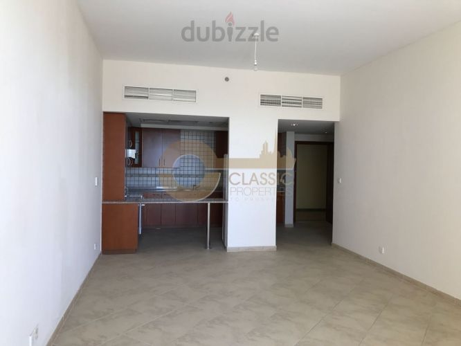   Spacious   1 bed   Motor City   Rent  