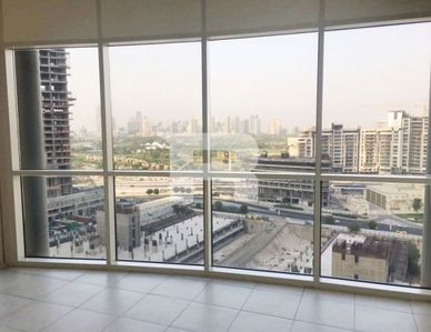 Property for Sale photos in JLT Cluster Y: Spacious 1 Bedroom | For Sale|Best Price - 1
