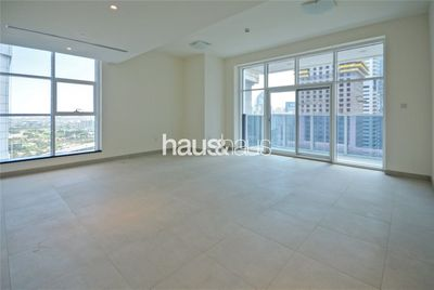 Property for Sale photos in Dubai Marina: Marina Arcade | Post Handover Payment Plans - 1