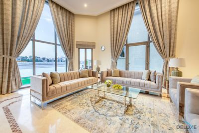 Property for Rent photos in Signature Villas Frond F: Luxury Villa | Beachfront | Palm Jumeirah - 1