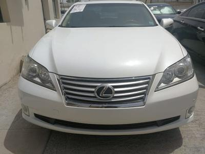Lexus ES-Series 2011 Lexus ES350 2011 Low mileage Custom paper