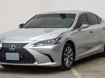 Lexus ES-Series 2019 19 ES Sedan P 3.5L AT Premier Ref #2406
