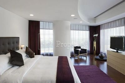 Property for Sale photos in World Trade Center: Funsihed Luxury Duplex | Balcony | Jumeirah Living - 1