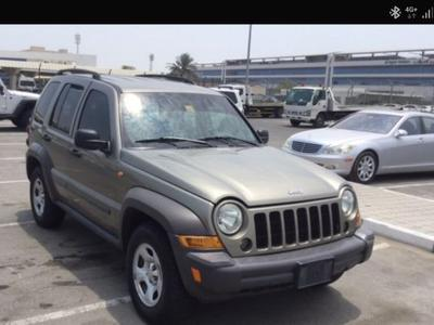 Jeep Cherokee 2007 Urgent Sale Jeep Cherokee 2007 very good cond...