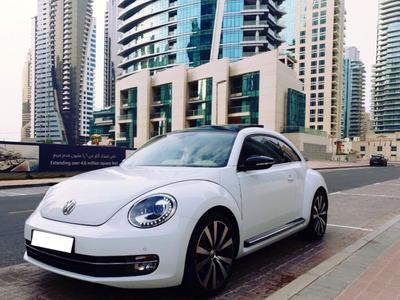 Volkswagen Beetle 2016 Lady driven 2016 Beetle 2.0 SEL - under warra...