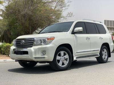 Toyota Land Cruiser 2014 Toyota Land Cruiser Gxr V8 Gcc clean conditio...