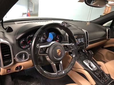 بورشه كايان 2015 Cayenne S (420HP) under Warranty and just bee...