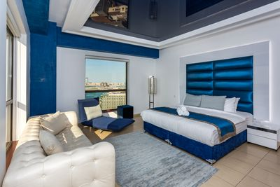 Property for Rent photos in JBR Jumeirah Beach Residence: Modern Design Fully Sea View 5 Bedrooms Apartment - 1