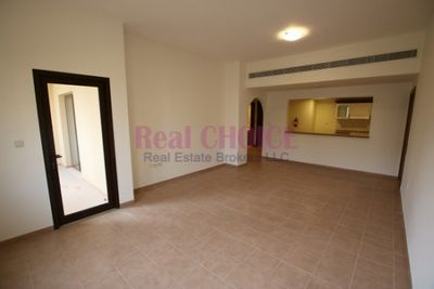 1 - 2bedroom apartment with 12 chqs and no commissions :غروب صورة في عقار للإيجار