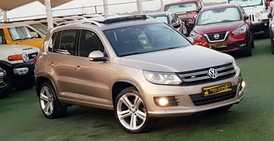 فولكسفاغن تيجوان 2015 R LINE..Volkswagen Tiguan Turbo.The car looks...
