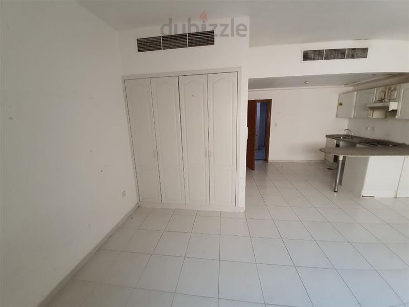 Property for Rent photos in Hor Al Anz East: STUDIO FLAT AVALAIBLE 25K TO 27  HOR AL ANZ EAST - 1