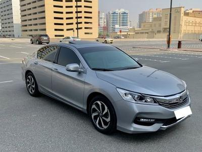 هوندا أكورد 2017 Honda Accord 2.4 (2017) Silver GCC Specs Full...